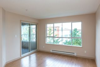 Photo 5: 305 525 AGNES STREET in New Westminster: Downtown NW Condo for sale : MLS®# R2081060