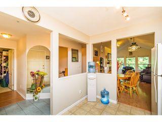 Photo 5: 405 9688 148 STREET in Surrey: Guildford Condo for sale (North Surrey)  : MLS®# R2093773