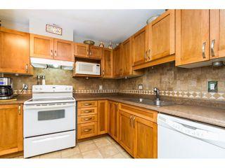 Photo 3: 405 9688 148 STREET in Surrey: Guildford Condo for sale (North Surrey)  : MLS®# R2093773