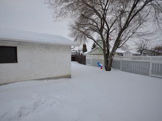 Photo 19: 6811 40 AV NW in Edmonton: Zone 29 House for sale : MLS®# E4143575