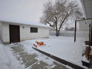 Photo 18: 6811 40 AV NW in Edmonton: Zone 29 House for sale : MLS®# E4143575