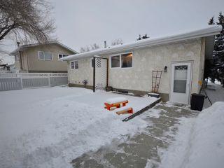 Photo 20: 6811 40 AV NW in Edmonton: Zone 29 House for sale : MLS®# E4143575
