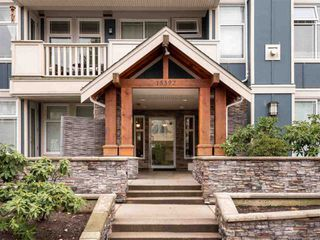 Photo 1: 309-15392 16a Avenue in South Surrey White Rock: Condo for sale (Surrey)  : MLS®# R2315260