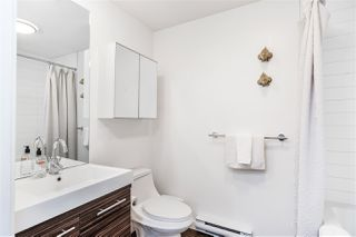 "Photo 19: 301 370 CARRALL Street in Vancouver: Downtown VE Condo for sale in ""21 Doors"" (Vancouver East)  : MLS®# R2404611"