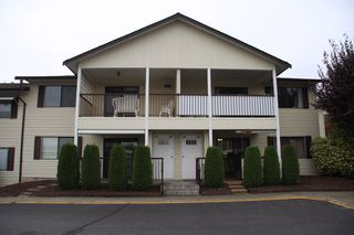 Photo 1: 23 32959 George Ferguson Way in Abbotsford: Townhouse for sale