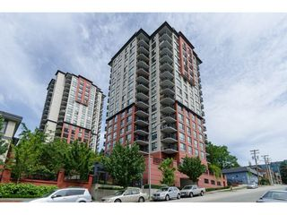 "Photo 1: 207 813 AGNES Street in New Westminster: Downtown NW Condo for sale in ""NEWS"" : MLS®# R2454449"