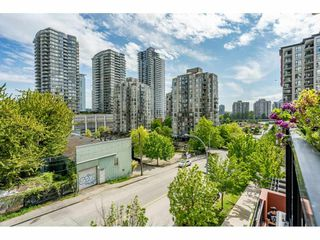 "Photo 16: 207 813 AGNES Street in New Westminster: Downtown NW Condo for sale in ""NEWS"" : MLS®# R2454449"