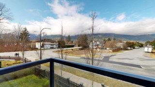 """Photo 9: 9 38684 BUCKLEY Avenue in Squamish: Dentville Townhouse for sale in """"Newport Landing"""" : MLS®# R2457555"""