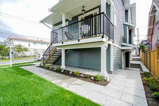 """Photo 23: 1013 - 1015 LAKEWOOD Drive in Vancouver: Grandview Woodland 1/2 Duplex for sale in """"""""THE DRIVE"""""""" (Vancouver East)  : MLS®# R2472521"""