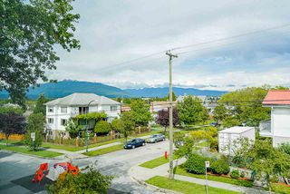 """Photo 24: 1013 - 1015 LAKEWOOD Drive in Vancouver: Grandview Woodland 1/2 Duplex for sale in """"""""THE DRIVE"""""""" (Vancouver East)  : MLS®# R2472521"""