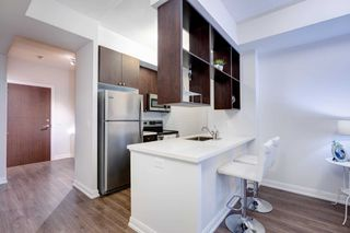 Photo 3: 118 181 Village Green Square in Toronto: Agincourt South-Malvern West Condo for sale (Toronto E07)  : MLS®# E4906059