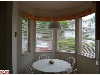 "Photo 5: 1 10062 154TH Street in SURREY: Guildford Townhouse for sale in ""WOODLAND GROVE"" (North Surrey)  : MLS®# F1215581"