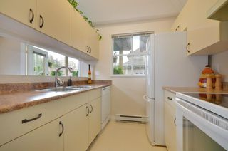 """Photo 11: 408 1188 CARDERO Street in Vancouver: West End VW Condo for sale in """"THE HAMPSTEAD"""" (Vancouver West)  : MLS®# V957664"""