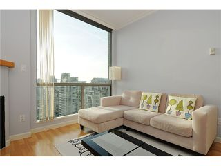 "Photo 4: 2205 928 RICHARDS Street in Vancouver: Yaletown Condo for sale in ""THE SAVOY"" (Vancouver West)  : MLS®# V980045"
