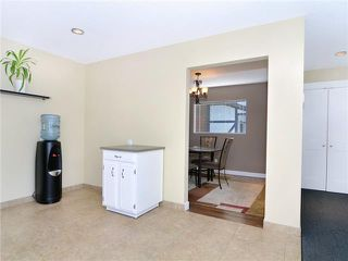 Photo 8: 607 WILLINGDON Boulevard SE in CALGARY: Willow Park Residential Detached Single Family for sale (Calgary)  : MLS®# C3554868
