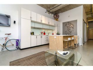 """Photo 8: # 205 546 BEATTY ST in Vancouver: Downtown VW Condo for sale in """"THE CRANE BUILDING"""" (Vancouver West)  : MLS®# V1010837"""