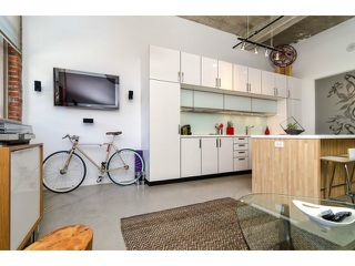 """Photo 9: # 205 546 BEATTY ST in Vancouver: Downtown VW Condo for sale in """"THE CRANE BUILDING"""" (Vancouver West)  : MLS®# V1010837"""