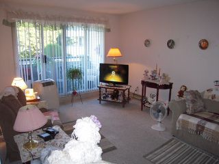 """Photo 3: 202 32950 AMICUS Place in Abbotsford: Central Abbotsford Condo for sale in """"The Haven"""" : MLS®# F1321625"""