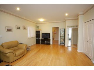 Photo 6: 6783 AUBREY ST in Burnaby: Sperling-Duthie House 1/2 Duplex for sale (Burnaby North)  : MLS®# V1057188
