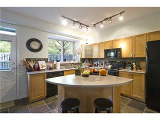 Photo 4: # 72 2200 PANORAMA DR in Port Moody: Heritage Woods PM Condo for sale : MLS®# V1073074