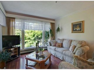 Photo 2: # 18 2130 MARINE DR in West Vancouver: Dundarave Condo for sale : MLS®# V1085222