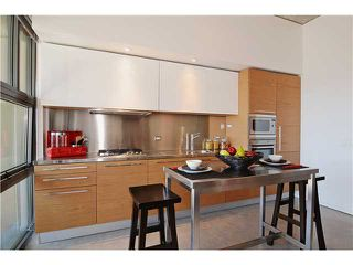 Photo 4: # 406 388 W 1ST AV in Vancouver: False Creek Condo for sale (Vancouver West)  : MLS®# V1069546