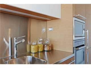 Photo 6: # 406 388 W 1ST AV in Vancouver: False Creek Condo for sale (Vancouver West)  : MLS®# V1069546