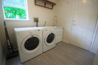 Photo 9: Coquitlam: Condo for sale : MLS®# R2080928