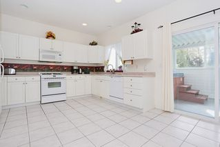 Photo 2: 16296 15 AVENUE in south surrey: King George Corridor House for sale (South Surrey White Rock)  : MLS®# R2115386