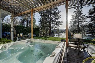 Main Photo: #113 2220 Shannon Ridge Drive, in West Kelowna: House for sale : MLS®# 10156543