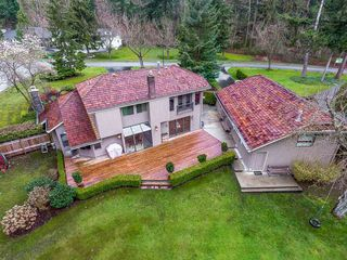 Photo 18: 2916 COUNTRY WOODS DRIVE in Surrey: Grandview Surrey House for sale (South Surrey White Rock)  : MLS®# R2350400