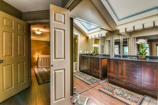 Photo 14: 2916 COUNTRY WOODS DRIVE in Surrey: Grandview Surrey House for sale (South Surrey White Rock)  : MLS®# R2350400