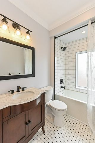 Photo 41: 516 East Queensdale Avenue in Hamilton: House for sale : MLS®# H4055054