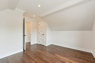 Photo 31: 516 East Queensdale Avenue in Hamilton: House for sale : MLS®# H4055054