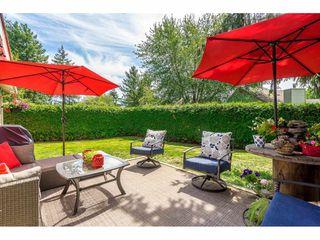 "Photo 18: 6103 E GREENSIDE Drive in Surrey: Cloverdale BC Townhouse for sale in ""Greenside"" (Cloverdale)  : MLS®# R2390894"
