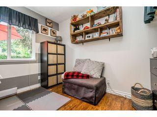 "Photo 12: 6103 E GREENSIDE Drive in Surrey: Cloverdale BC Townhouse for sale in ""Greenside"" (Cloverdale)  : MLS®# R2390894"
