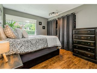 "Photo 15: 6103 E GREENSIDE Drive in Surrey: Cloverdale BC Townhouse for sale in ""Greenside"" (Cloverdale)  : MLS®# R2390894"