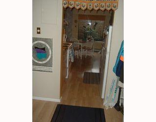 Photo 3: 106 2355 TRINITY Street: Hastings Home for sale ()  : MLS®# V767827