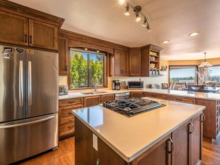 Photo 3: 739 Eland Dr in CAMPBELL RIVER: CR Campbell River Central House for sale (Campbell River)  : MLS®# 837509