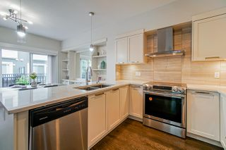 """Photo 5: 62 7686 209 Street in Langley: Willoughby Heights Townhouse for sale in """"KEATON"""" : MLS®# R2465225"""