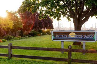 Photo 12: 2H 835 Dunsmuir Rd in Esquimalt: Es Esquimalt Condo for sale : MLS®# 838467