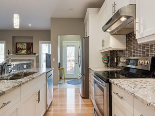 Photo 17: 7516 36 Avenue NW in Calgary: Bowness Semi Detached for sale : MLS®# A1019439