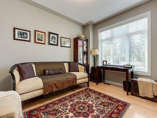 Photo 7: 7516 36 Avenue NW in Calgary: Bowness Semi Detached for sale : MLS®# A1019439
