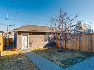 Photo 45: 7516 36 Avenue NW in Calgary: Bowness Semi Detached for sale : MLS®# A1019439