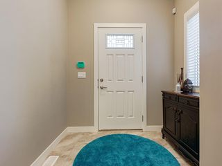 Photo 5: 7516 36 Avenue NW in Calgary: Bowness Semi Detached for sale : MLS®# A1019439