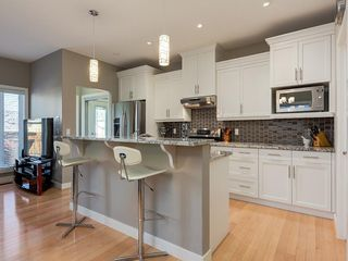Photo 15: 7516 36 Avenue NW in Calgary: Bowness Semi Detached for sale : MLS®# A1019439