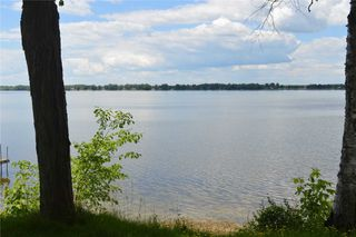 Photo 13: 97 Campbell Beach Road in Kawartha Lakes: Rural Carden House (Bungalow) for sale : MLS®# X4859140
