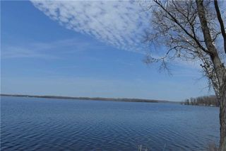Photo 17: 97 Campbell Beach Road in Kawartha Lakes: Rural Carden House (Bungalow) for sale : MLS®# X4859140