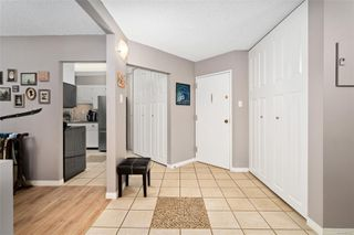 Photo 3: 304 1148 Goodwin St in : OB South Oak Bay Condo for sale (Oak Bay)  : MLS®# 853637