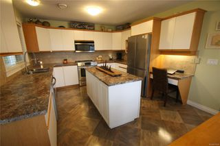 Photo 2: 651 MARSH WREN Pl in : Na Uplands House for sale (Nanaimo)  : MLS®# 856548